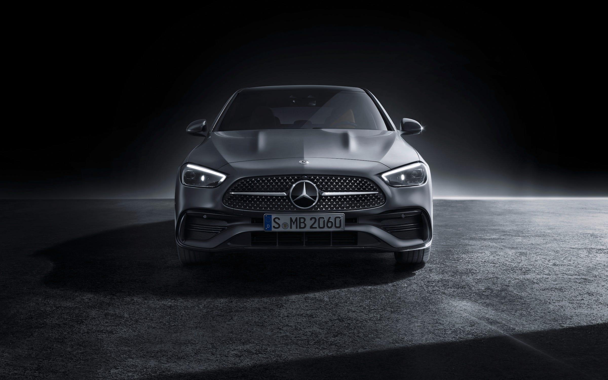 2022 Mercedes Benz C Class sedan._4