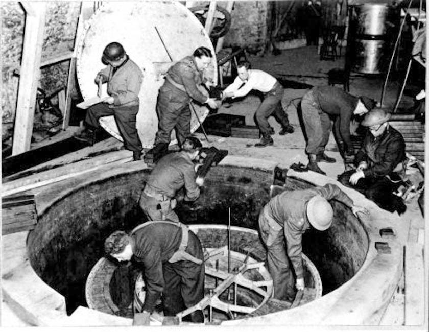 Nazi Germany nuclear bomb weapons lab